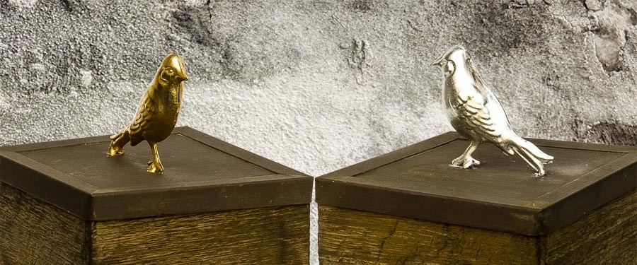 Kistchen Gold Silber mit Vogel